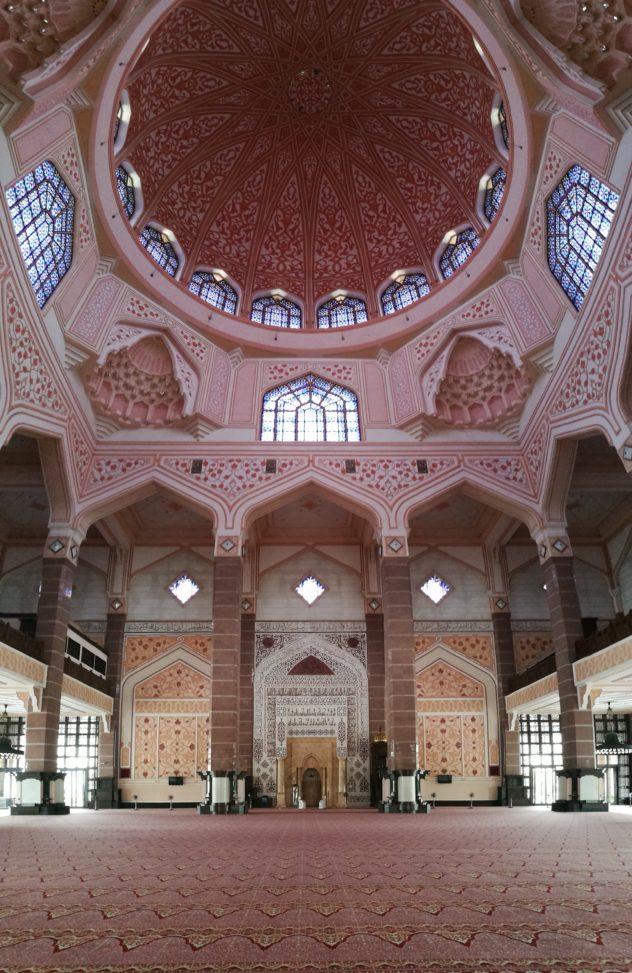 Gebetshalle mit offenen Kuppel